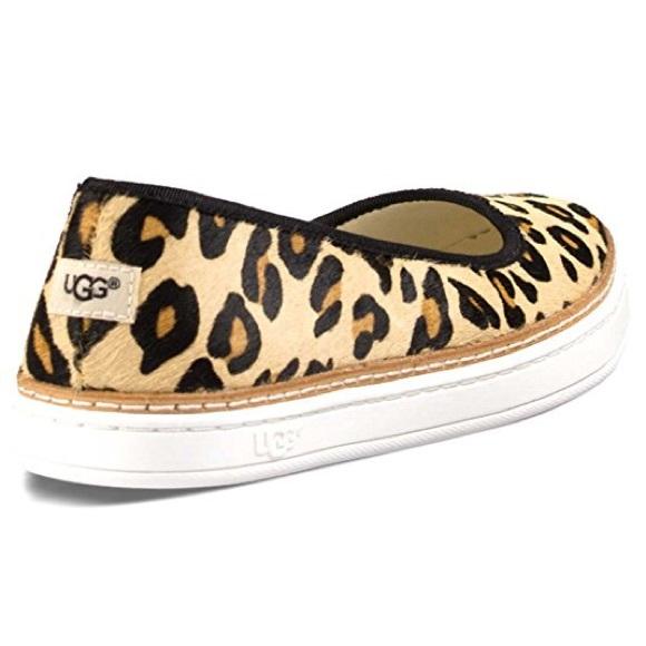 704990450417 UGG Kammi Calf Hair Leopard Sneakers. M_5a9bf94a6bf5a6cf310ab943
